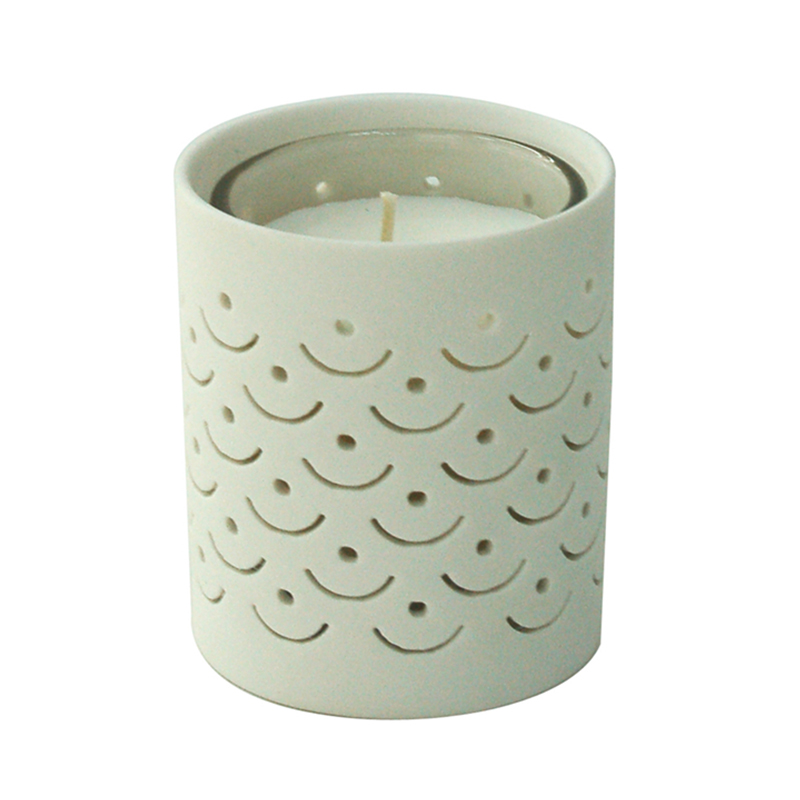 Luxurious Ceramic ilmandi Soy Candle