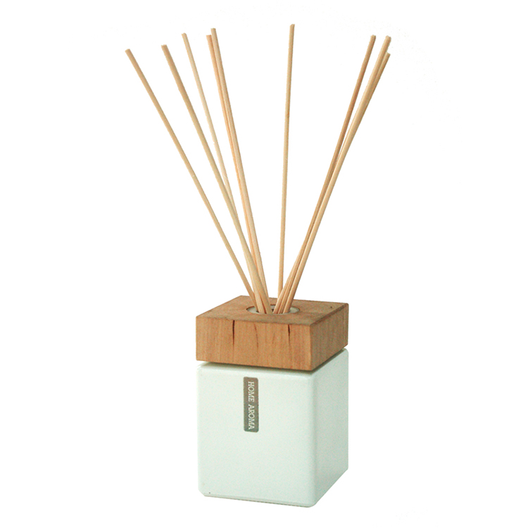 White Square Glass Bottle Reed Diffuser